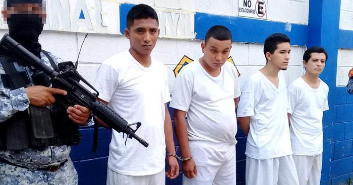 Capturan a pandilleros que asesinaron a empleada de Centros Penales