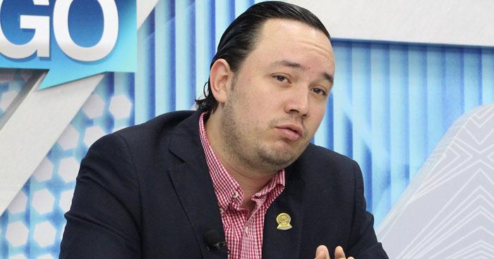 Juramenta a los diputados que integrarán la comisión especial de antejuicio contra Arturo Magaña