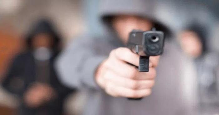 Padres de familia fueron asaltados durante celebración en un centro escolar de Santa Tecla