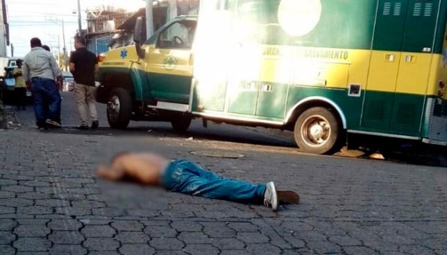 Asesinan a balazos a un hombre en Barrio Lourdes, San Salvador
