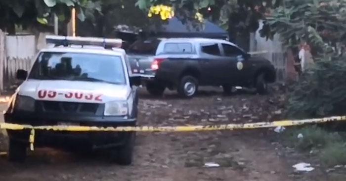 Miembros de la MS accedieron con armas de fuego y corvos a la vivienda de un hombre para asesinarlo