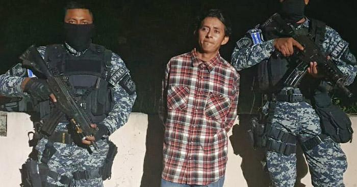 Asesinó a su compañera de vida y sus dos hijos en Candelaria de la Frontera, Santa Ana
