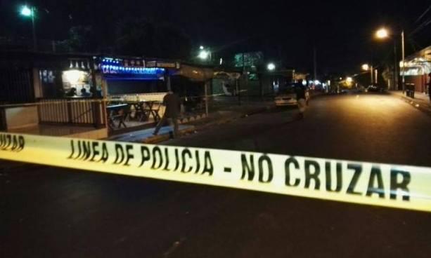 Una mujer fue asesinada a balazos a pocos metros de su casa en San Marcos