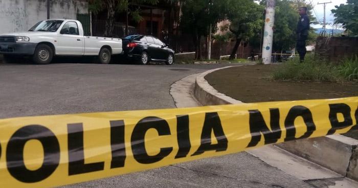 Encuentran cadáver de un hombre al interior de una vivienda en San Miguel
