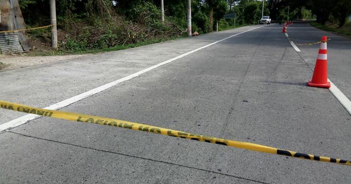 Hombre asesinado cuando acompañaba a su esposa a una parada de buses