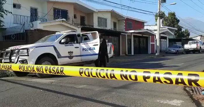 Comerciante se suicida al interior de su vivienda en San Miguel