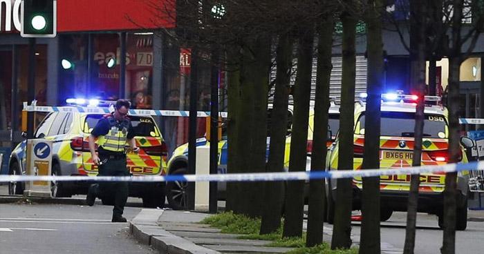 Varios lesionados tras ataque terrorista con cuchillo en Londres