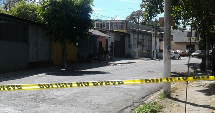 Hombre que fue atacado a balazos cerca del mercado de El Tránsito, San Miguel