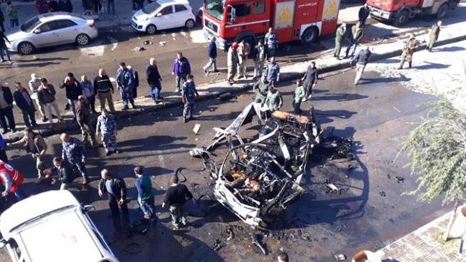 Al menos 8 muertos tras atentado terrorista en ciudad de Siria