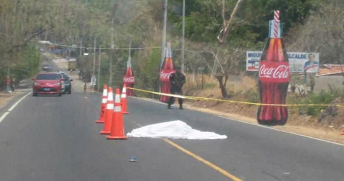 Anciana muere atropellada por conductor sin licencia en carretera al Puerto de La Libertad