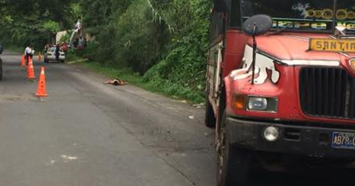 Hombre muere al ser atropellado por un autobús en carretera a Santa Ana