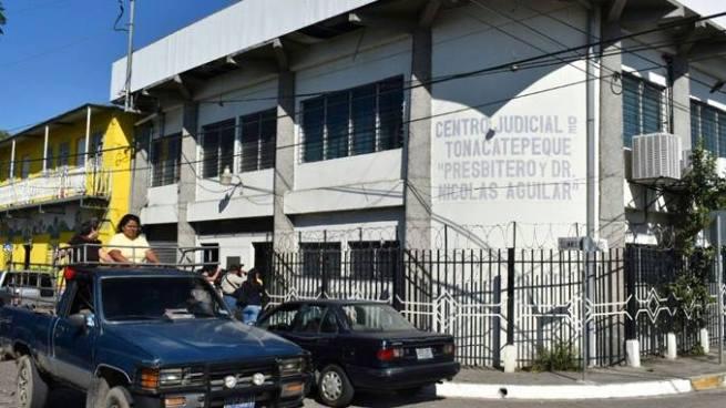 Audiencia inicial contra 8 policias y 3 soldados acusados de hurto agravado se realizará el próximo lunes