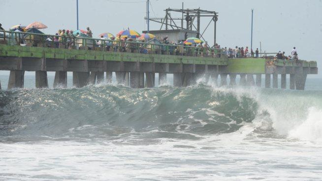 Oleajes más altos y rápidos en toda la zona costera de El Salvador para este domingo