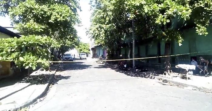 Lapidan a un hombre en Barrio Concepción, San Salvador