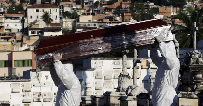 Muertes en Brasil por Covid-19 se elevan a 27 mil 878