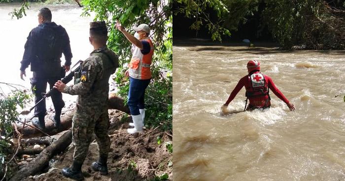 Buscan cuerpos de 2 pasajeros del vehículo que fue arrastrado anoche por corriente de un río en Chalatenango