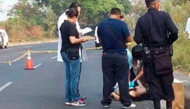 Hallan sobre carretera de Santa Ana, el cadáver de una mujer que fue estrangulada