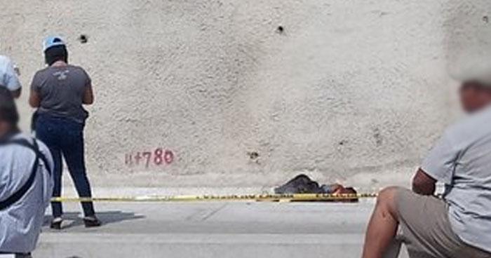 Encuentran restos humanos al interior de bolsas en carretera al Puerto de La Libertad