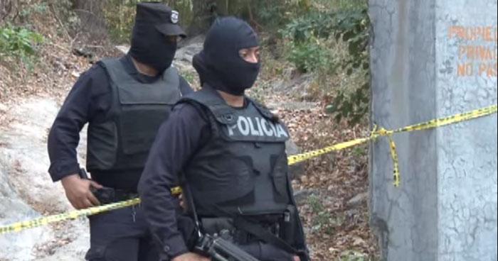 Hombre asesinado y amarrado fue encontrado en un basurero de La Paz