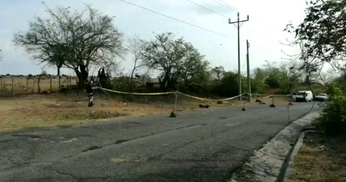 Abandonan cadáver de un hombre en carretera de La Libertad