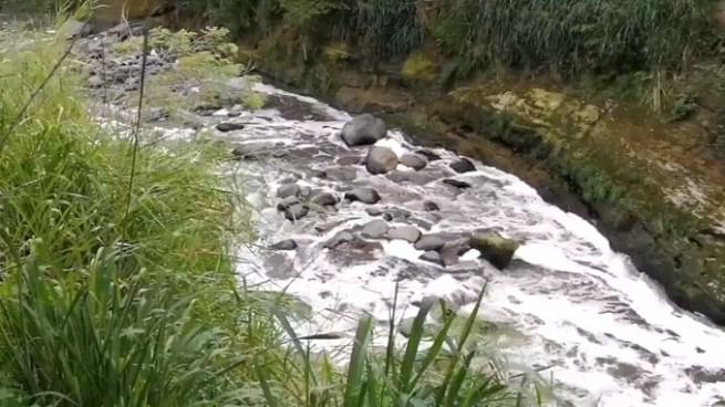 Encuentran el cadáver de un hombre al interior de un río en San Salvador