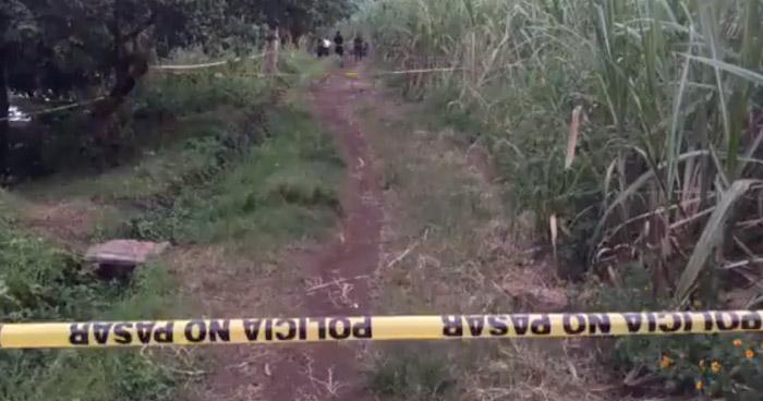 Encuentran cadáver de una persona semi enterrada en Nahuilingo, Sonsonate