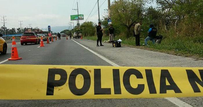 Encuentran el cadáver de un hombre en carretera Panamericana en Ciudad Arce