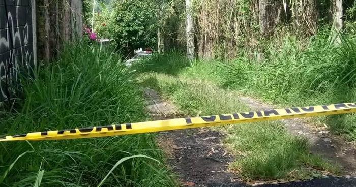Encuentran cadáver cubierto con sábanas en carretera a Los Planes de Renderos