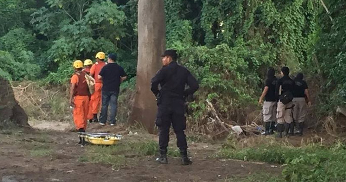 Hallan cadáver putrefacto de una mujer en río Grande de San Miguel