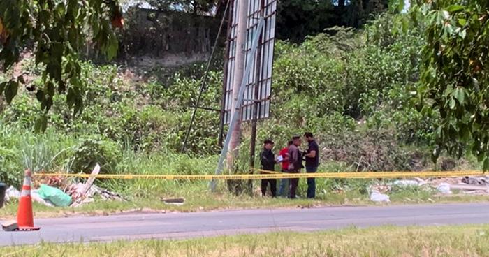 Encuentran el cadáver de una persona dentro de un saco en la Carretera de Oro