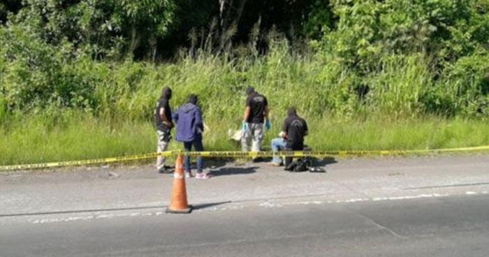 Abandonan el cadáver de un hombre a la orilla de la carretera hacia San Julián