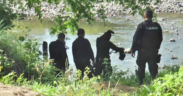 Encuentran cadáver de una persona en río Sensunapan