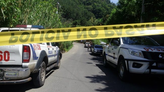 Cadáver de pandillero fue encontrado en carretera a Tecoluca