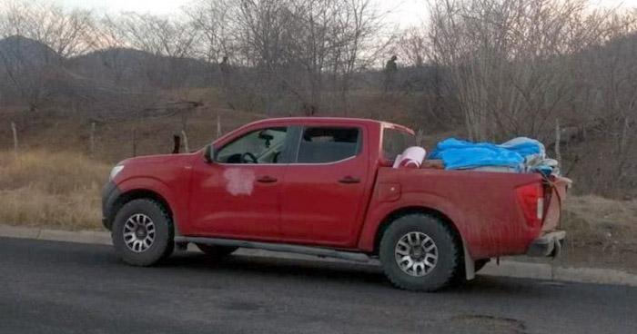 Encuentran 12 cadáveres en vehículo abandonado en Michoacán, México