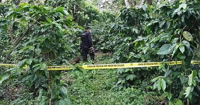 Hallan los cadáveres de dos pandilleros en una finca de Juayúa, Sonsonate