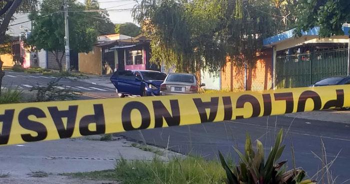 Acribillan a balazos a un hombre en calle Sisimiles de San Salvador