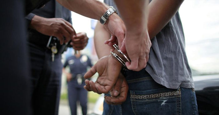 INTERPOL captura a pandilleros con difusión ROJA en aeropuerto internacional