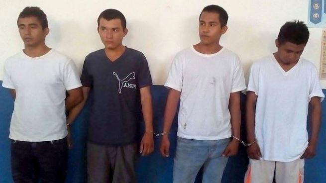 Por tráfico de drogas, resistencia y lesiones capturan a 5 sujetos en Morazán