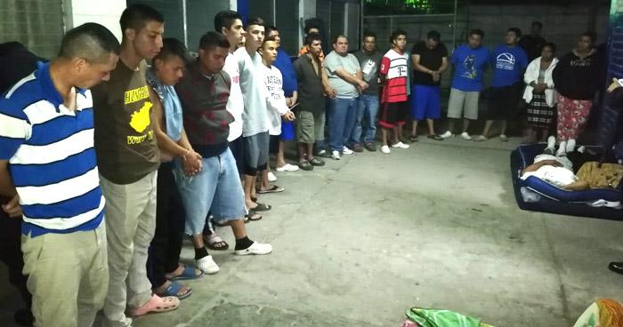 Capturan a 20 pandilleros que delinquían en diferentes colonias de Apopa