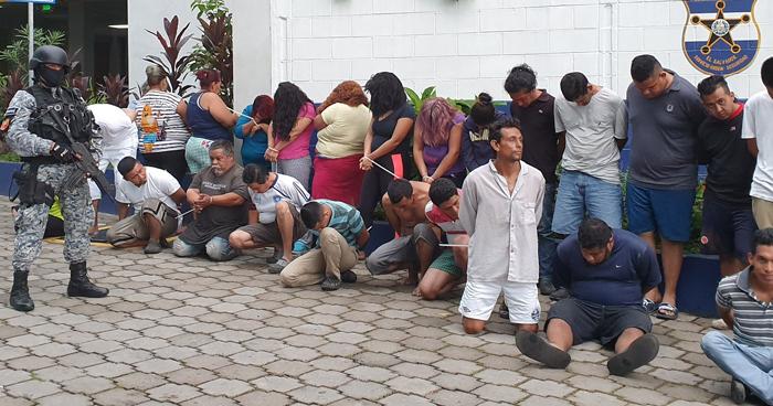 Capturan a pandilleros de la 18 Sureña vinculados a 15 homicidios en la zona sur de San Salvador