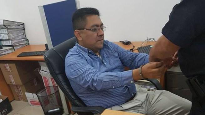 Capturan a contador y mano derecha de Jorge Hernández, por lavado de dinero y activos