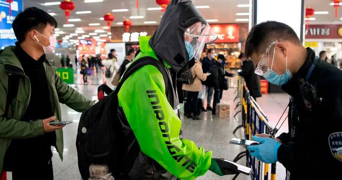 China registra más de 100 nuevos casos de COVID-19