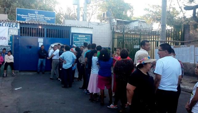 Miembro de JRV en Soyapango detenido por tener acta llena antes de iniciar votaciones