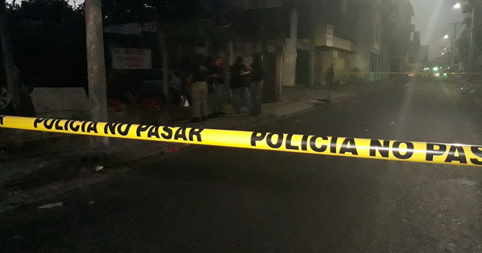 Un hombre fallece por intoxicación alcohólica en el centro de San Salvador