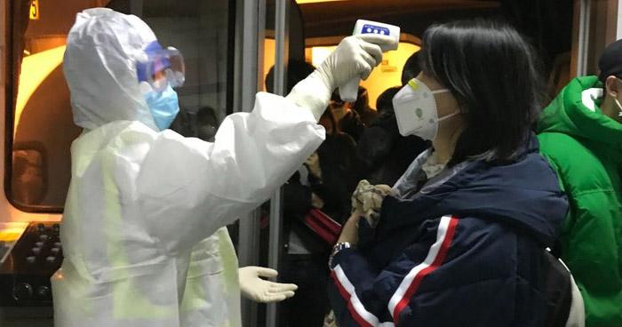 """Sube a 56 el número de muertos por """"Coronavirus"""" en China"""