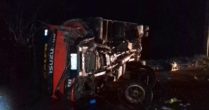 Un fallecido y cuatro lesionados tras choque en carretera El Litoral, en La Paz