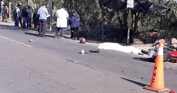 Dos motociclistas fallecidos tras chocar entre si en Osicala, Morazán