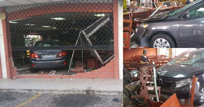 Conductora ebria y sin licencia choca contra una panadería en Santa Tecla
