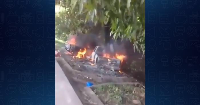 Vehículos se incendiaron tras chocar en carretera Litoral, San Vicente
