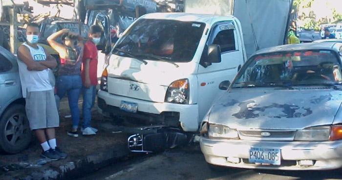Dos lesionados tras múltiple choque en carretera Troncal del Norte